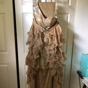 Gold dress with attachable skirt